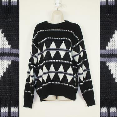 Vintage 1990s Black & White Monochrome Geometric Sweater by GuavaNectarVintage