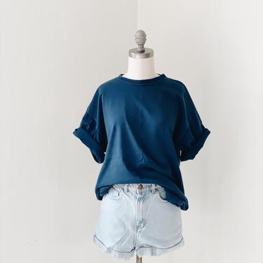 NAVY BLUE <BR> TEE