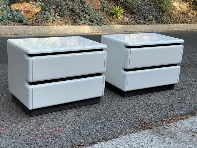 Post Modern White Lacquered Rougier Nightstands -- PAIR by HollywoodHillsModern