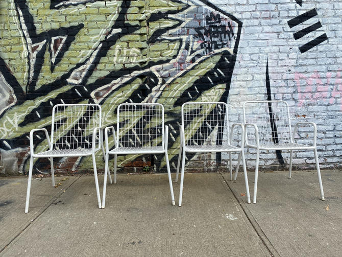 Vintage (4) EMU rio white Metal mid century modern wire grid patio arm chairs made in Italy mid mod mcm by symmetrymodern