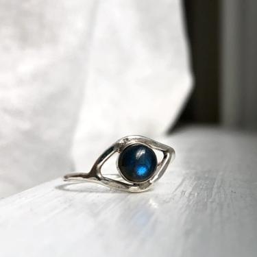 Labradorite Eye Ring in Sterling Silver Handmade Hammered by RachelPfefferDesigns