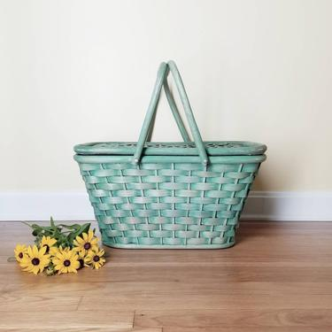 Vintage 40s Wicker Picnic Basket / Woven Rattan Splint Picnic Basket / Green Double Handle Covered Basket / Large Foraging Basket Hinged Lid by SoughtClothier