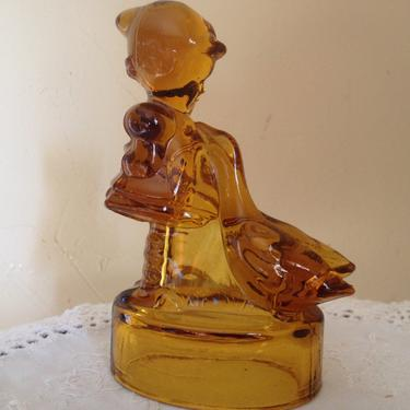 Vintage glass Amber molded glass figurine by LE Smith of a Hummel Girl and geese by JoAnntiques