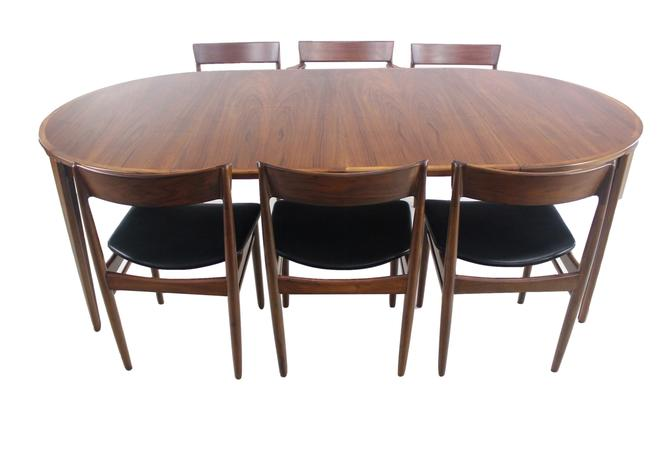 Expansive Scandinavian Modern Teak Dining Table & Six Chairs Designed by Rosengren Hansen