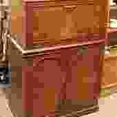 DK_1  Cocktail cabinet in Burled Walnut