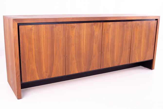 Milo Baughman for Dillingham Mid Century Bookmatched Walnut Sideboard Buffet Credenza - mcm by ModernHill