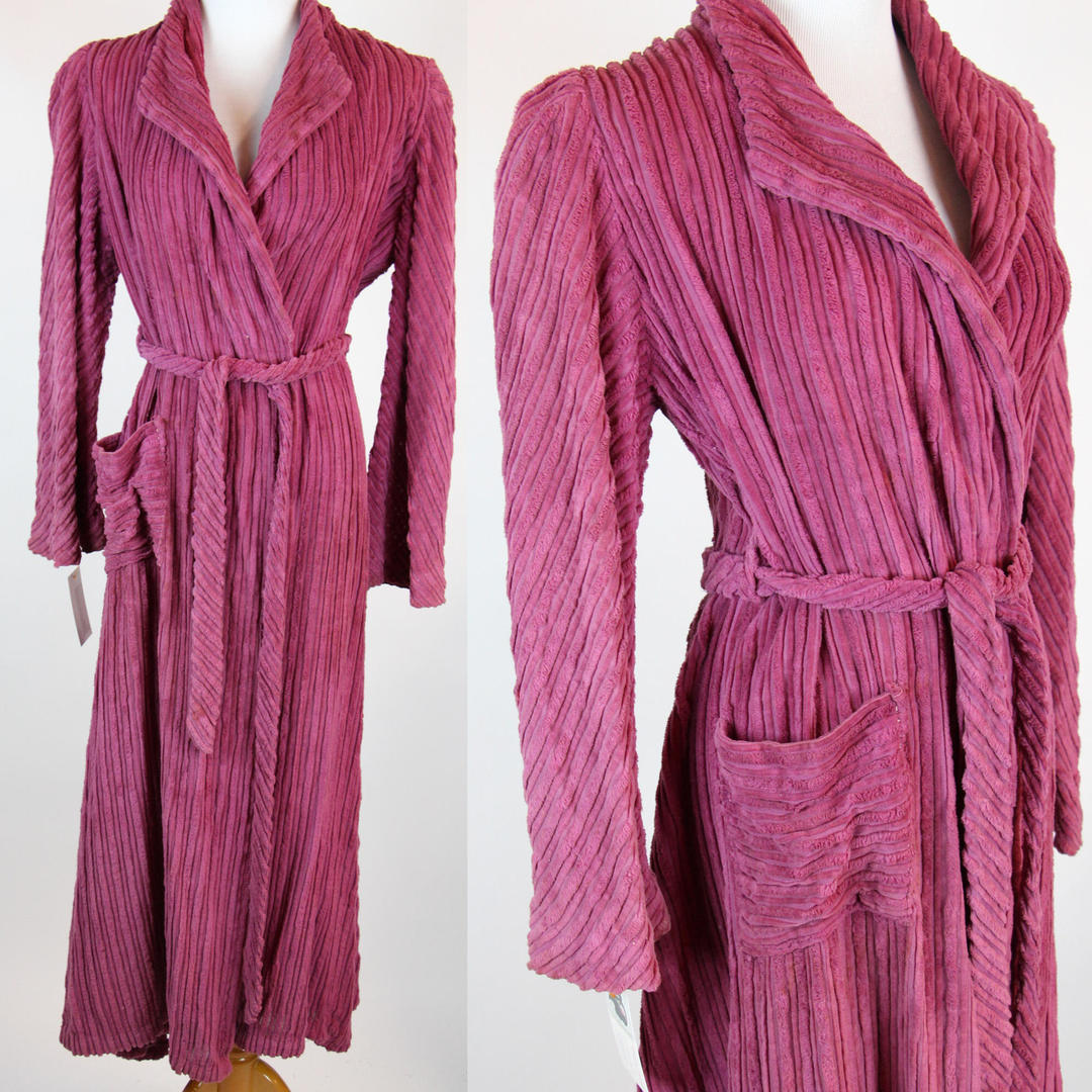 Antique Dressing Gown: RARE Vintage 1930s Robe Purple Chenille Dressing Gown