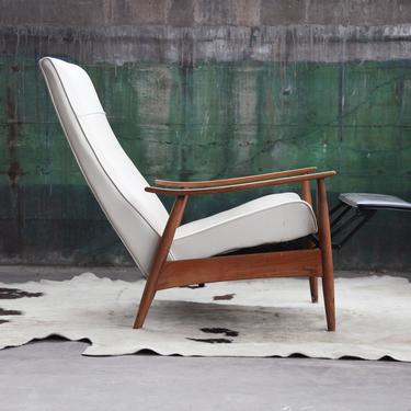 SOLD**GORGEOUS Orig. Milo Baughman Recliner (ONE left.) Mid Century Danish Modern Lounge Chair by James Inc. Beautiful Oak Solid Wood by CatchMyDriftVintage