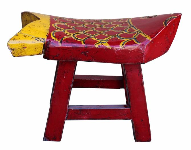 Oriental Handmade Rustic Distressed Red Yellow Fish Shape Small Wood Stool cs3241S