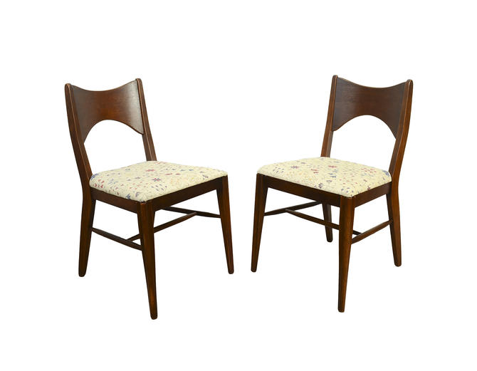 Broyhill Saga Walnut Dining Chairs Paul McCobb Style Set of 4 Chairs Mid Century Modern by HearthsideHome