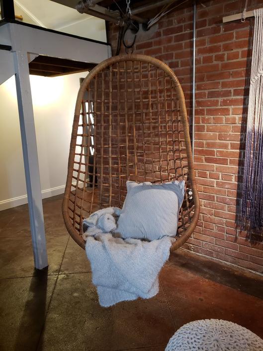Vintage Hanging Egg Chair