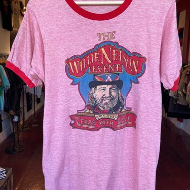 Vintage Willie Nelson tshirt L by GimmeDangerLA