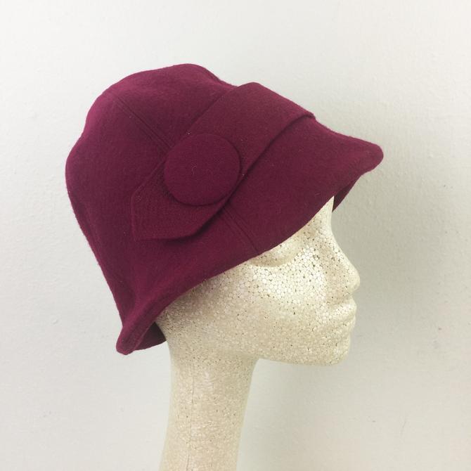 Vintage 1920s CLOCHE HAT Hattie Carnegie Burgundy Wool 20s Flapper by FlashbackATX