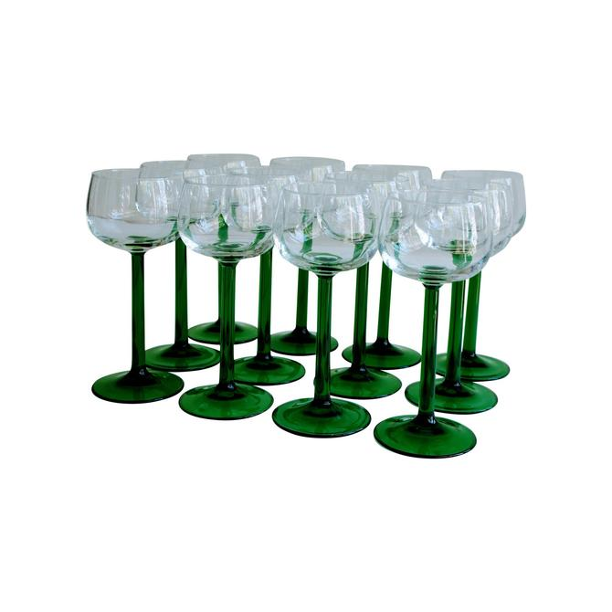 Vintage 1980s Vintage French Luminarc Kelly Green Stem & Clear Goblet Glasses - Set of 12 by MetronomeVintage