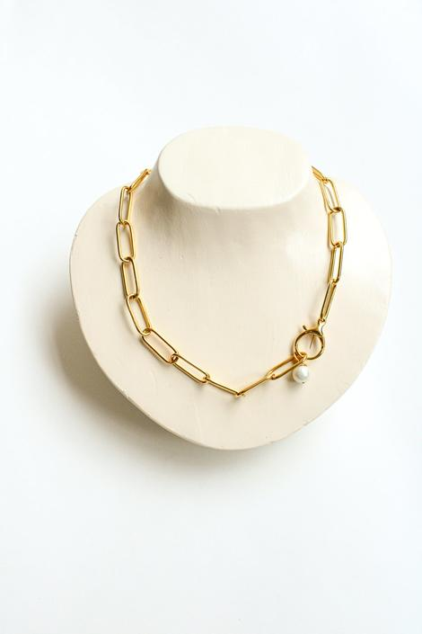 Butter Paper Clip Pearl Necklace