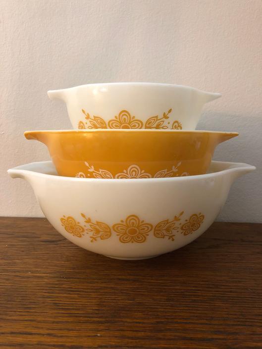 Vintage Pyrex Cinderella Nesting Bowl Set of 3, 441, 442, 443, Butterfly Gold Pattern by BlackcurrantPreserve