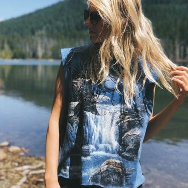 Blue Eagle Nature Scene Tie Dye Tee Shirt / Boho Style / Size Large by MadroneClothing