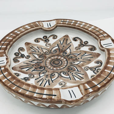 """Vintage Mexican Pottery  Ash Tray- Hand Made Brown and White 7"""" Round - Great Condition by JoAnntiques"""