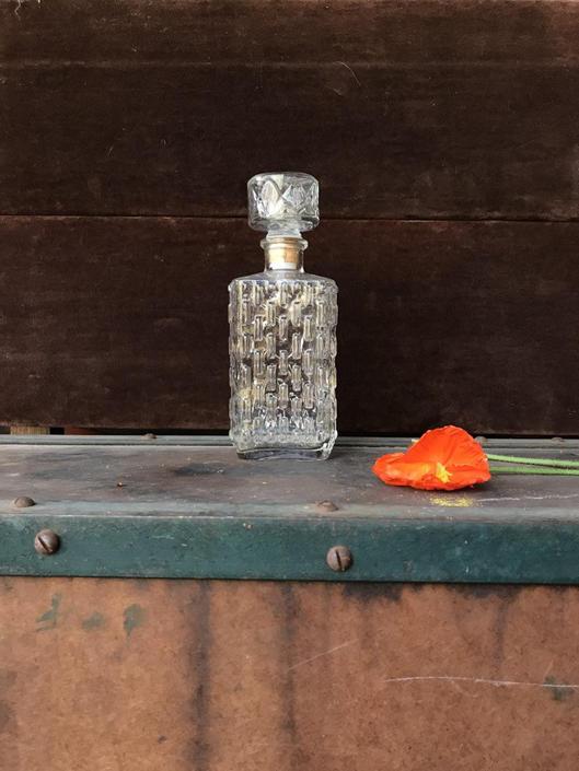 Vintage Centar Vase Bottle Decanter by BrainWashington