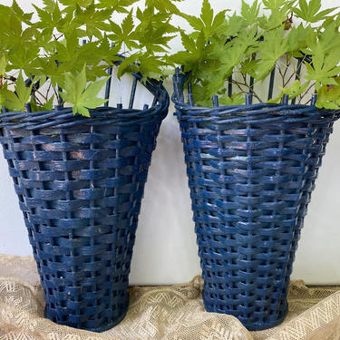 Vintage Wicker Wall Baskets Set Of Two, Pair Of Woven Hanging Baskets, Dried Flower Basket, Floral Arranging by luckduck