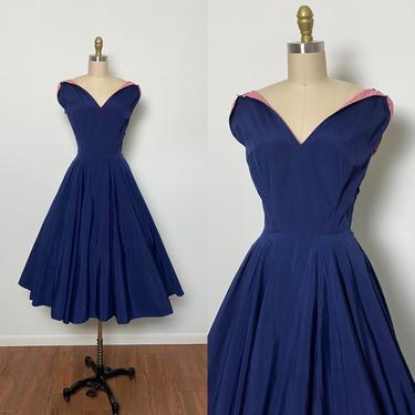Vintage 1950s Dress 50s Polished Cotton Circle Skirt Fit and Flare by littlestarsvintage