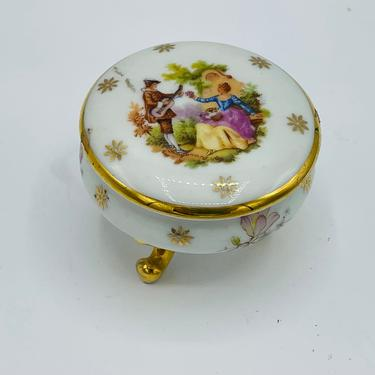 Vintage Lovely Limoges  22 Kt Gold Fragonard Couple  - France Round Lidded Trinket Box by JoAnntiques