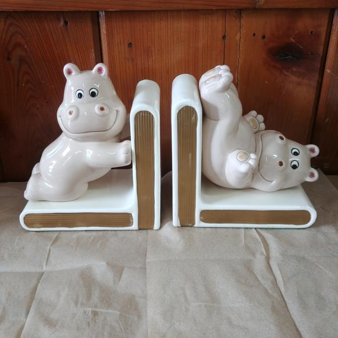 Hippo Lefton Bookends