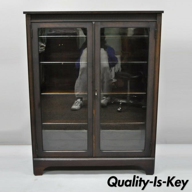 Antique Double Glass Door Alligatored Mahogany Finish Bookcase Display Cabinet