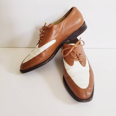 Vintage Kenneth Cole Two Toned Spectator Shoes / Designer Brown and White Lace Up Oxfords Loafers / Ladies 8 by RareJuleVintage