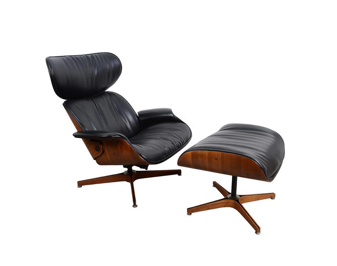 8c1352d3d7dc Mr. Chair designed by George Mulhauser Plycraft Black Leather Walnut ...