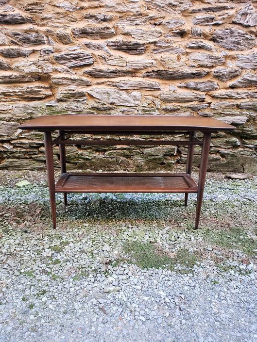 Prime Bassett Mid Century Sofa Table Console Table From Vintage Mc Creativecarmelina Interior Chair Design Creativecarmelinacom