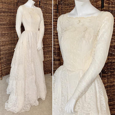 Vintage 50s Dream Wedding Dress, Sheer Lace Sweetheart, Sequins, Lace, Tiers, Fits Size XS by GabAboutVintage