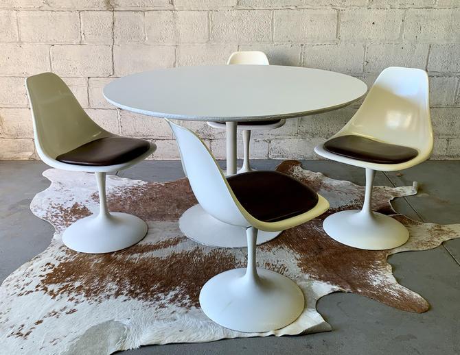 Saarinen style Mid century MODERN Round DINING TABLE by CIRCA60