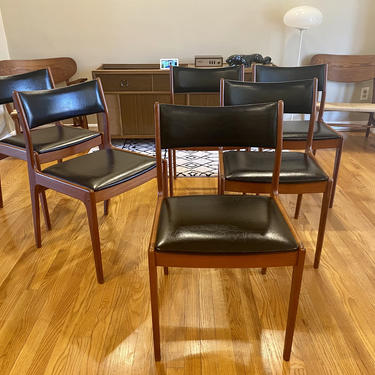 Set of Johannes Andersen for Uldum Mobelfabrik Danish Teak Dining Chairs by MSGEngineering