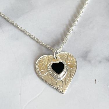dainty silver heart pendant necklace by MelangeBlancDesigns