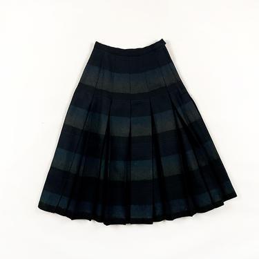 60s Wool Box Pleat Circle Skirt / Reversible / Striped / Solid Black / 50s / Metal Zipper / Tea Length / Small / 24 Waist / Winter / S / by shoptrashdotnet