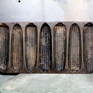Antique Corn Bread Mold - Cast Iron Bread Pan - Unmarked Heavy Pan - Corn Cob Pattern   FREE SHIPPING by Bixley