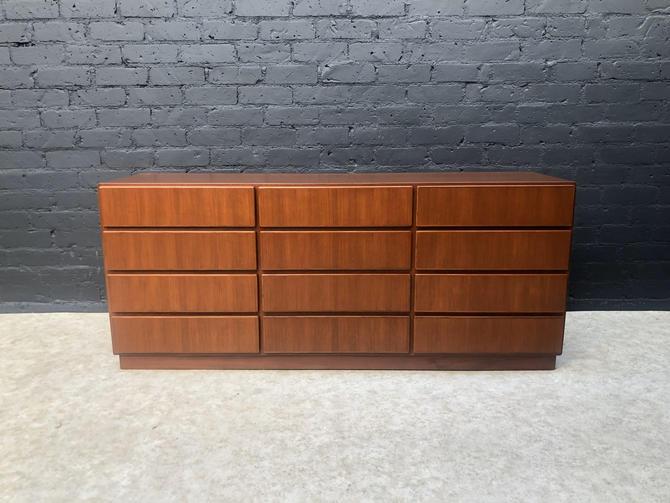 Danish Modern Teak Dresser by Komfort by VintageSupplyLA