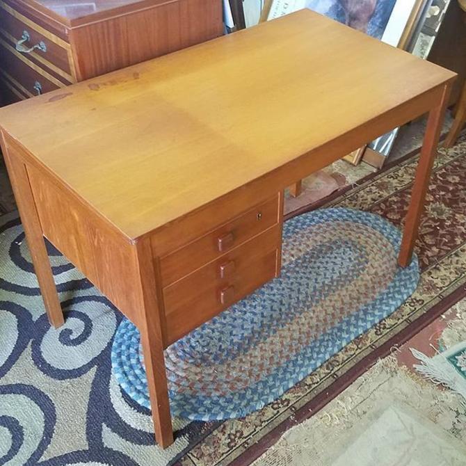 SOLD. SOLD.                    1960s Vintage Domino Danish Modern Desk, $263.