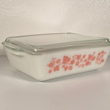 Pyrex Gooseberry #503 Refrigerator Dish by CoolCatVintagePA
