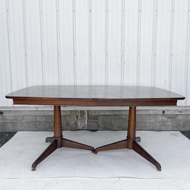 Mid-Century Dining Table With Three Leaves by secondhandstory