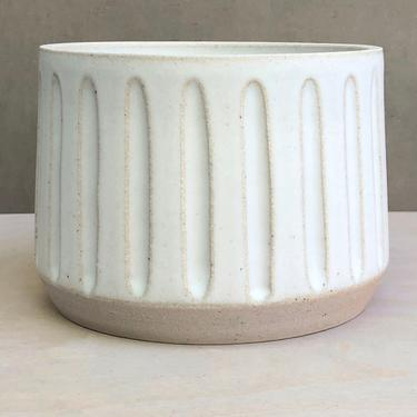 "Made to Order- Ceramic Carved Planter Matte Speckled ""Snow""- 6"" by LeeMintonCeramics"