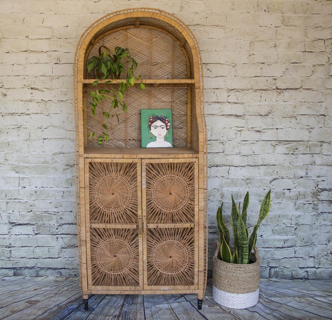 SHIPPING NOT FREE!!!Vintage Rattan Cabinet/ Sunburst /Wicker Hutch/Etagere/Need some tlc: it can be painted with either color or varnish by WorldofWicker