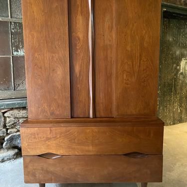 Mid century dresser American of martinsville chest of drawers mid century bachelors chest by VintaDelphia