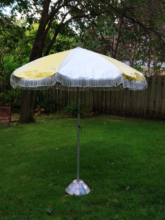 Groovy Yellow White Fringed Patio Umbrella by RedsRustyRelics