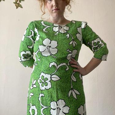 60s 70s Bark Cloth Hawaiian Dress Maxi Green Hibiscus Half Sleeve Size L / XL by NoSurrenderVintage