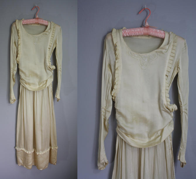 1930's Silk Wedding Dress // Beaded with Pleating // XS by LawrenceOfBaltimore