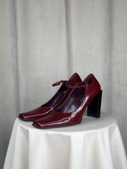 Vintage Deep Red Square Toe Heels With Ankle Strap