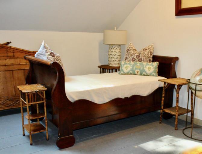 19th Century Empire Sleigh Bed in Mahogany