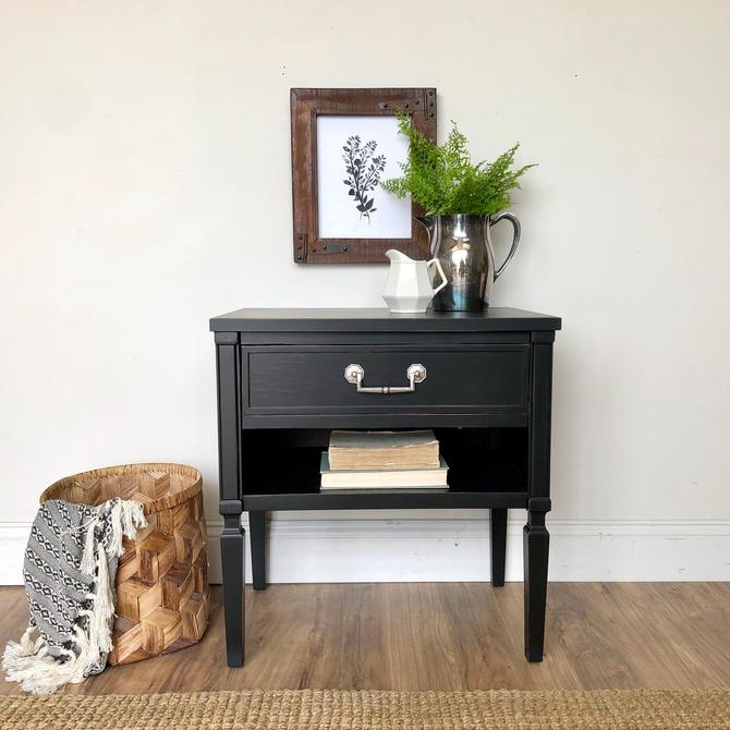 Black End Table Hollywood Regency Painted Furniture by VintageHipDecor